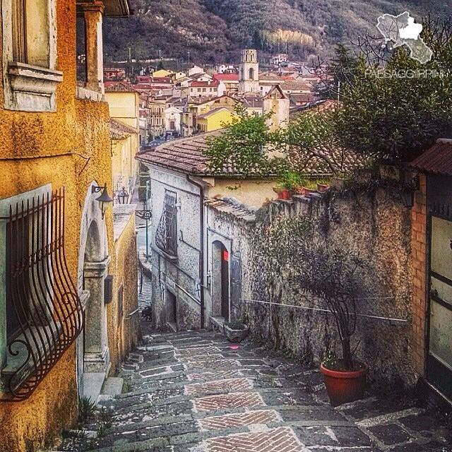 Bagnoli Irpino - Centro storico ¦ @dimpemekug | PAESAGGI ...
